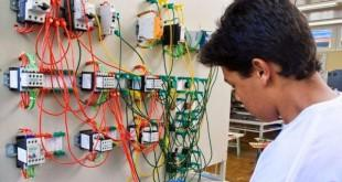 Cursos e Empregos  Curso de eletricista instalador Senai Americana