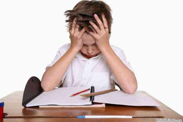 Entenda O Que É A Disgrafia E Os Desafios Dos Pais E Professores No Desenvolvimento Das Crianças